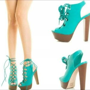 Breckelles Stiletto Lace up shoes